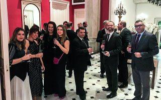 Γιορτάζοντας τα 40 χρόνια της εταιρείας στη Γαλλική Πρεσβεία.