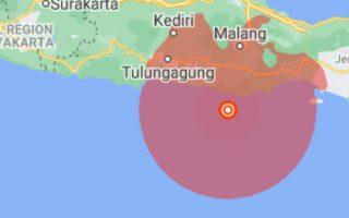 indonisia-seismos-5-9-richter-stin-anatoliki-iava-561325705