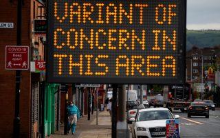 Η ινδική μετάλλαξη εξαπλώνεται στο Ηνωμένο Βασίλειο (Φωτ. Reuters)