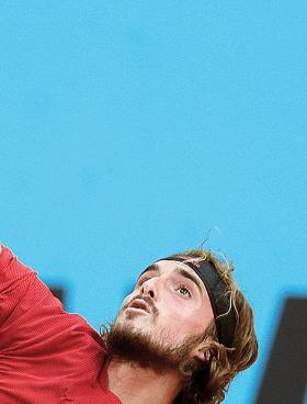 Ο Τσιτσιπάς αποκλείστηκε από τον Κάσπερ Ρουντ στη φάση των «16» (φωτ. A.P. Photo).