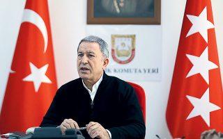 «Η αδελφοσύνη μας και η φιλία μας με την Αίγυπτο θα επανέλθει σε ανώτατο επίπεδο. Κι αυτό είναι προς όφελος και της Τουρκίας και της Λιβύης, αλλά και της Αιγύπτου», υποστήριξε ο υπουργός Αμυνας της Τουρκίας Χουλουσί Ακάρ (φωτ. A.P. Photo).