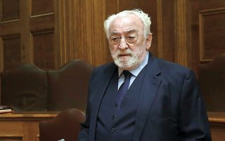 Η κατάθεση του Χρ. Καλογρίτσα στην Προανακριτική συνεχίζεται σήμερα (φωτ. ΑΠΕ-ΜΠΕ / Αλεξανδρος Μπελτες).