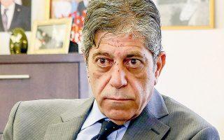 Ο πρέσβης της Παλαιστίνης στην Ελλάδα, Μαρουάν Τουμπάσι, ζήτησε από τον Νίκο Δένδια να διακομισθούν στην Ελλάδα για νοσηλεία παιδιά που έχουν τραυματιστεί από ισραηλινούς βομβαρδισμούς στα κατεχόμενα (φωτ. INTIME NEWS).