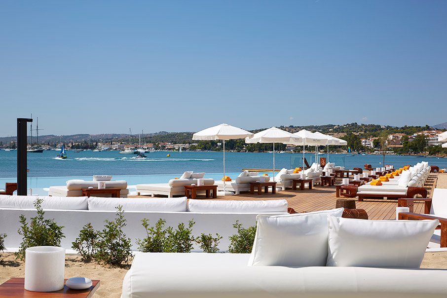 nikki-beach-resort-amp-038-spa-oi-jet-setters-epilegoyn-porto-cheli3