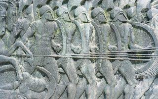 Οι ελληνικοί στρατοί της αρχαιότητας αποτελούνταν ως επί το πλείστον από οπλίτες, που συχνά πολεμούσαν σε ομάδες με βάση την πόλη από την οποία προέρχονταν και στην οποία ήταν πολίτες.(Φωτ. SHUTTERSTOCK)