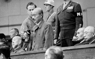 Ο Χιντέκι Τότζο κατά τη διάρκεια της δίκης του από διεθνές στρατοδικείο, τον Νοέμβριο του 1948. (Φωτ. ASSOCIATED PRESS)