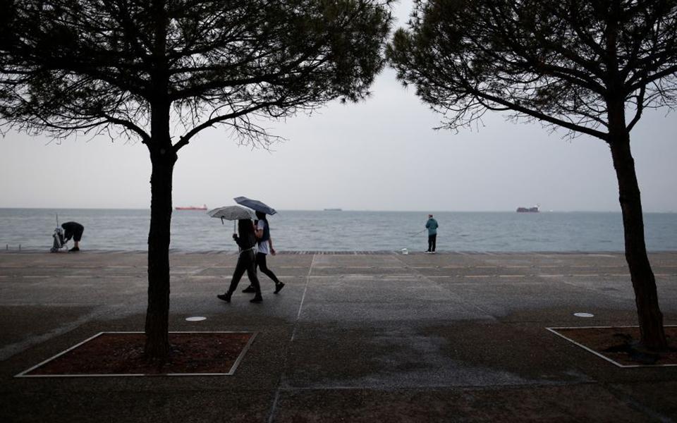 Καιρός: Έρχονται βροχές από το μεσημέρι – Πού αναμένονται έντονα φαινόμενα