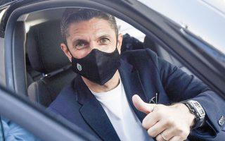 Συναισθητικά φορτισμένος δήλωσε χθες κατά την άφιξή του στη Θεσσαλονίκη ο Ρουμάνος προπονητής του ΠΑΟΚ (φωτ. INTIMENEWS).