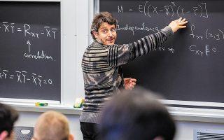 Στον συναρπαστικό κόσμο των χαοτικών ροών, της τυχαιότητας και των πιθανοτήτων ξεναγεί την «Κ» ο Θεμιστοκλής Σαψής, καθηγητής στο ΜΙΤ, του οποίου η ειδικότητα είναι η πρόβλεψη ακραίων συμβάντων και ο σχεδιασμός μείωσης των επιπτώσεων.