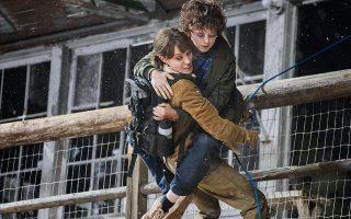 Η Αντζελίνα Τζολί επιστρέφει στον ρόλο της action hero, αναλαμβάνοντας να τα βάλει με δύο επαγγελματίες δολοφόνους, αλλά και με μια τρομερή πυρκαγιά.
