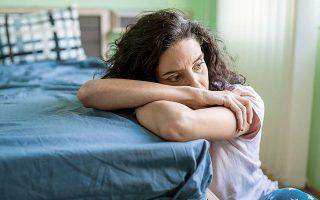 Τον τελευταίο χρόνο, οι άνθρωποι υιοθέτησαν νέες συνήθειες ύπνου, ξενυχτώντας περισσότερο και ξυπνώντας πιο αργά.