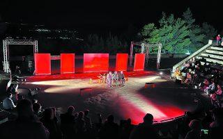 Aυτή την περίοδο (11 Ιουνίου - 11 Ιουλίου) διεξάγονται σε έξι περιοχές της χώρας, εκεί όπου έζησε και έδρασε ο Αγγελος Σικελιανός, οι Ημέρες Δελφικής Πολιτιστικής Κληρονομιάς, ένα καινούργιο φεστιβάλ που ανακαλεί τις περίφημες δελφικές εορτές που οραματίστηκε στις αρχές του περασμένου αιώνα ο ποιητής.