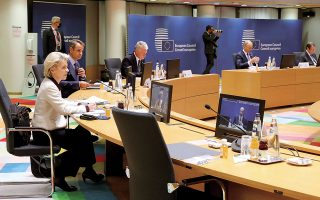 Τη θέση πως η Αθήνα δεν είναι αντίθετη στην πρόσθετη χρηματοδότηση της Τουρκίας για το μεταναστευτικό έστειλε ο κ. Κυριάκος Μητσοτάκης από τις Βρυξέλλες, σημειώνοντας πως προϋπόθεση είναι να τηρήσει η Αγκυρα τις δεσμεύσεις της (φωτ. ΑΠΕ-ΜΠΕ / consilium / Zucchi Enzo).