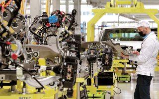 Η ισχυροποίηση της επιχειρηματικής δραστηριότητας στην Ευρωζώνη, όπως αυτή αποτυπώνεται στον πρόδρομο δείκτη PMI, ενίσχυσε τις προσδοκίες για ισχυρή ανάκαμψη στη διάρκεια του δευτέρου τριμήνου (φωτ. Reuters).