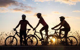 Η Μάνη είναι ιδανική για ποδηλατικό ταξίδι χάρη στις ήπιες κλίσεις και το ξεχωριστό τοπίο της. (Φωτογραφίες: Όλγα Χαραμή)