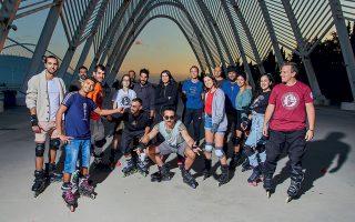 Οι City Skaters of Athens σε ένα από τα εβδομαδιαία ραντεβού τους για εξάσκηση  στις ολυμπιακές εγκαταστάσεις στο Μαρούσι.  (Φωτογραφίες: ΔΗΜΗΤΡΗΣ ΒΛΑΪΚΟΣ)