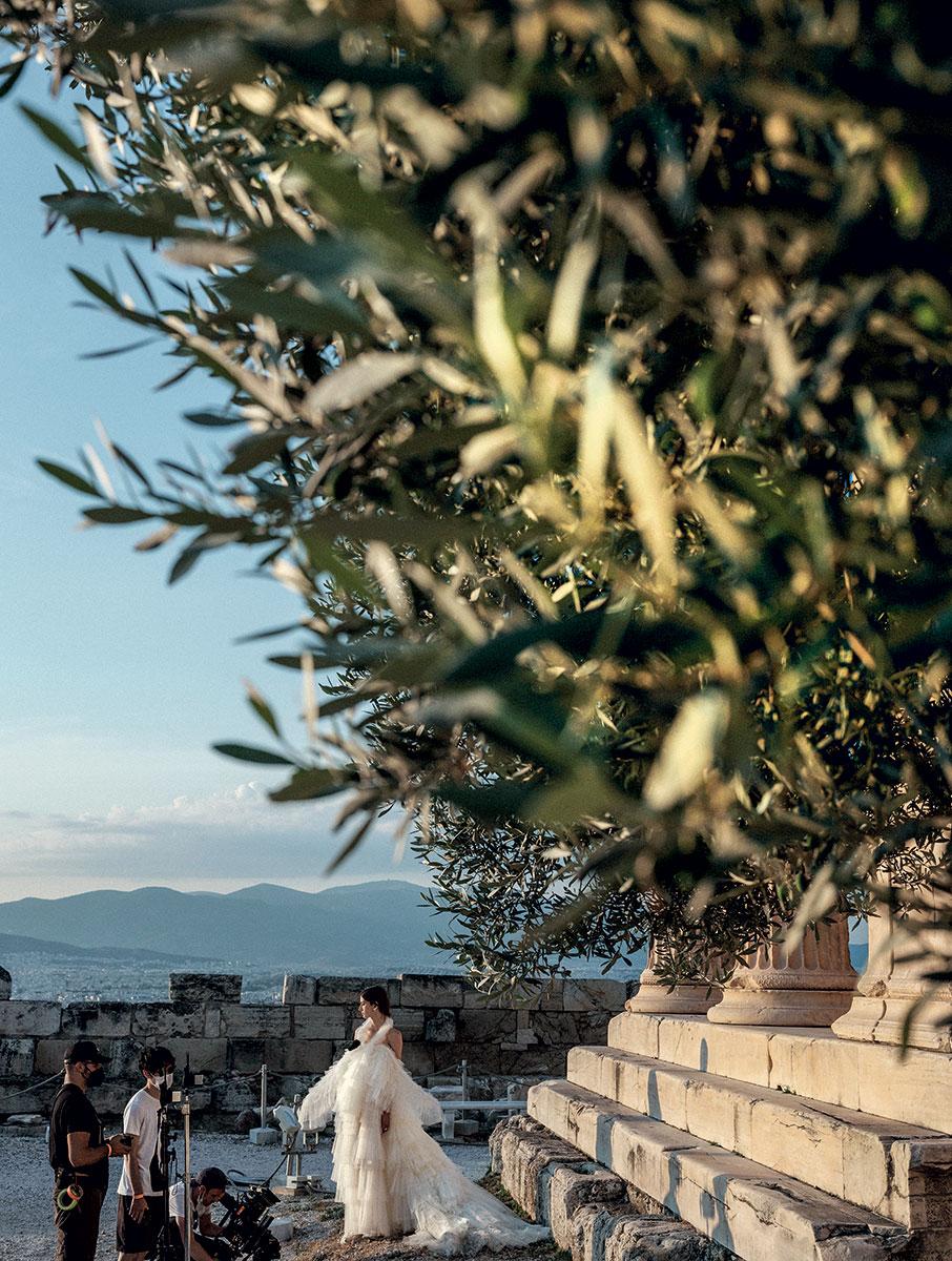 1951-2021-dior-stin-akropoli-evdominta-chronia-meta5