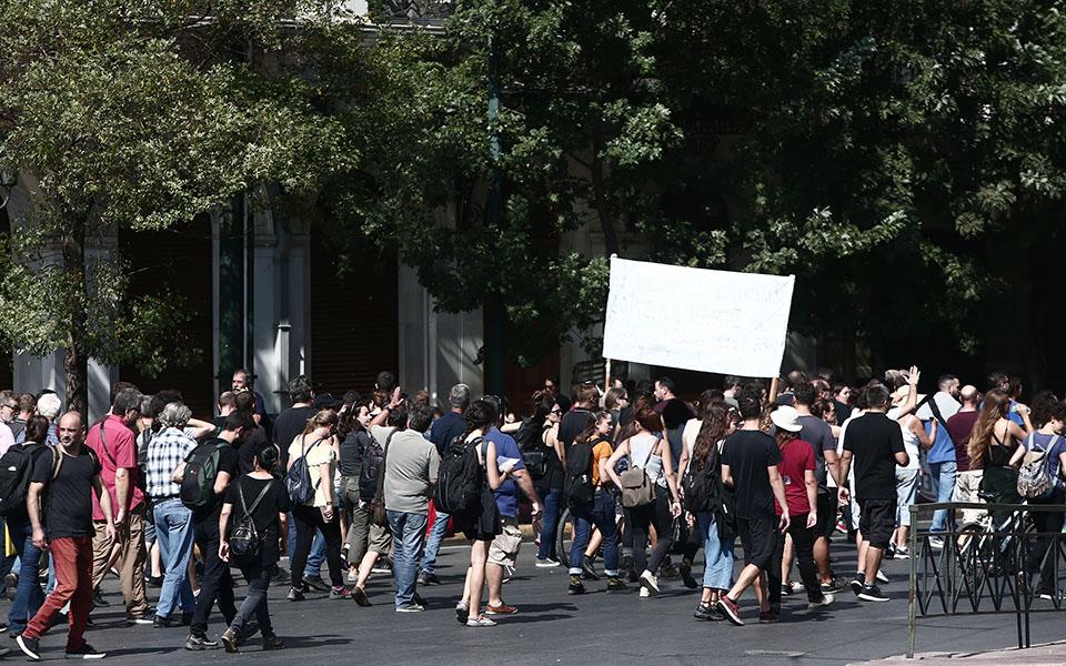 24ωρη απεργία ΓΣΕΕ και ΑΔΕΔΥ – Συγκεντρώσεις σε Αθήνα και Θεσσαλονίκη