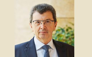 O κ. Ζαχαρίας Ραγκούσης είναι Πρόεδρος και Διευθύνων Σύμβουλος της PFIZER ΕΛΛΑΣ Α.Ε.