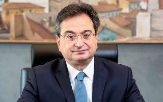 Ο κ. Φωκίων Καραβίας είναι Διευθύνων Σύμβουλος της Eurobank.
