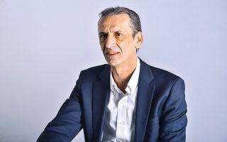 Ο κ. Βασίλης Σταύρου είναι πρόεδρος και διευθύνων σύμβουλος της ΑΒ Βασιλόπουλος.