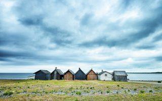 Καλύβες στις Φερόες Νήσους της Βαλτικής, όπου ο Ινγκμαρ Μπέργκμαν ζούσε και εργαζόταν. Φωτ. SHUTTERSTOCK