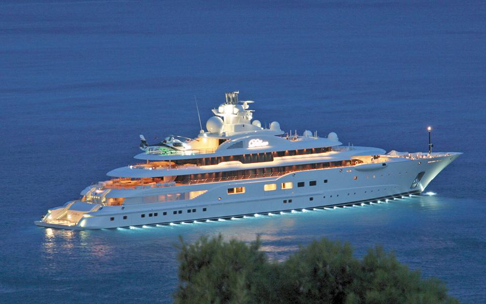 koryfaios-proorismos-gia-super-yachts-i-ellada1
