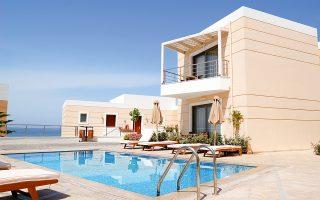 Ισχυροί όμιλοι του ελληνικού real estate σχεδιάζουν ήδη τα πρώτα τους οικιστικά έργα, θεωρώντας ότι πρόκειται για μια αγορά που, όπως και τα logistics, προσφέρεται για υψηλές αποδόσεις και υπεραξίες τα επόμενα χρόνια. (Φωτ. Shutterstock)