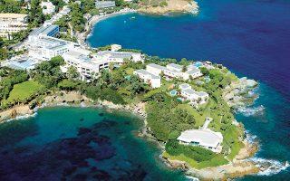 Το Out of the Blue Capsis Elite Resort βρίσκεται στην Αγία Πελαγία της Κρήτης και περιλαμβάνει all-suite ξενοδοχείο, ιδιωτικές σουίτες, μεζονέτες και βίλες με ιδιωτική πισίνα και εγκαταστάσεις αναψυχής και ευεξίας.