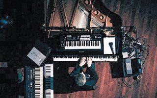 Ο Ολαφουρ Αρναλντς παρουσιάζει τις μουσικές συνθέσεις του στο Ηρώδειο.