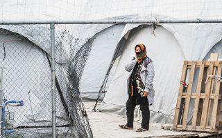 Ο αριθμός των διαμενόντων σε επίσημες δομές συνολικά στη χώρα παρουσιάζει μείωση κατά 45% τον Ιούνιο φέτος συγκριτικά με τον ίδιο μήνα ένα χρόνο πριν. Στα νησιά παραμένουν συνολικά 7.578 αιτούντες άσυλο (φωτ. SOOC).