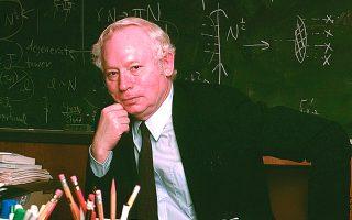 Στίβεν Ουάινμπεργκ (1933-2021): «Η εξάπλωση του επιστημονικού πνεύματος τον 17ο και τον 18ο αιώνα υπήρξε ένας από τους παράγοντες που συνέβαλαν ώστε να μη ρίχνονται πλέον οι μάγισσες στην πυρά».