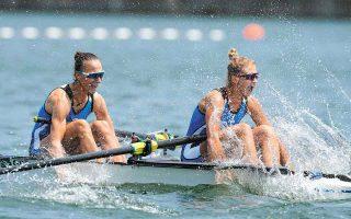 Οι Μαρία Κυρίδου και Χριστίνα Μπούρμπου έκαναν μια εκπληκτική κούρσα στον ημιτελικό, παίρνοντας την πρόκριση στα τελευταία μέτρα, με παγκόσμιο ρεκόρ. (Φωτ. A.P. Photo)