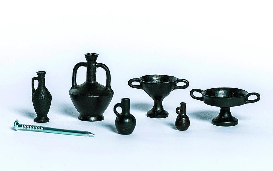 o-kosmos-tis-keramikis-se-mia-entyposiaki-ekthesi-stin-ellinoamerikaniki-enosi2