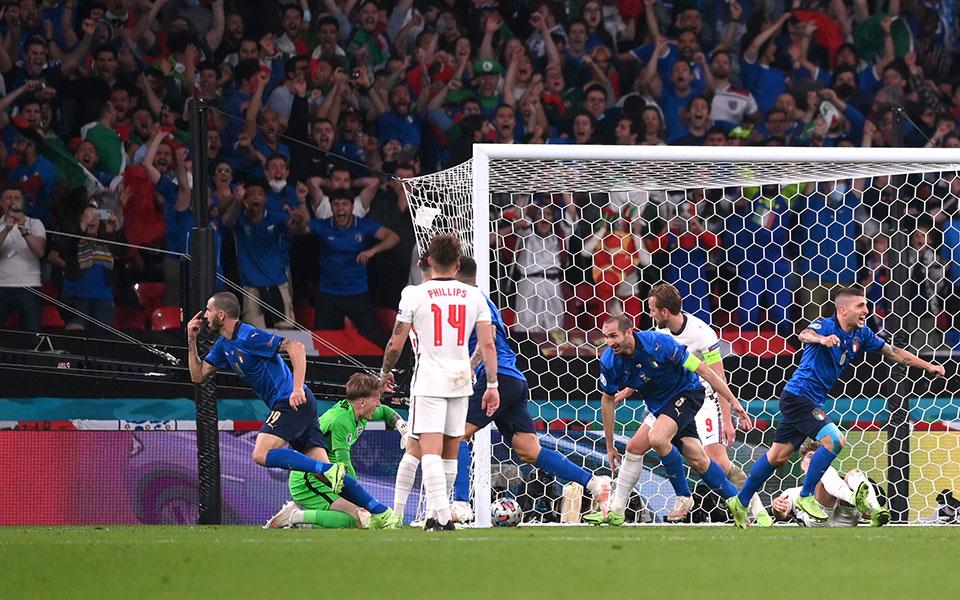 euro-2020-telikos-agglia-italia47