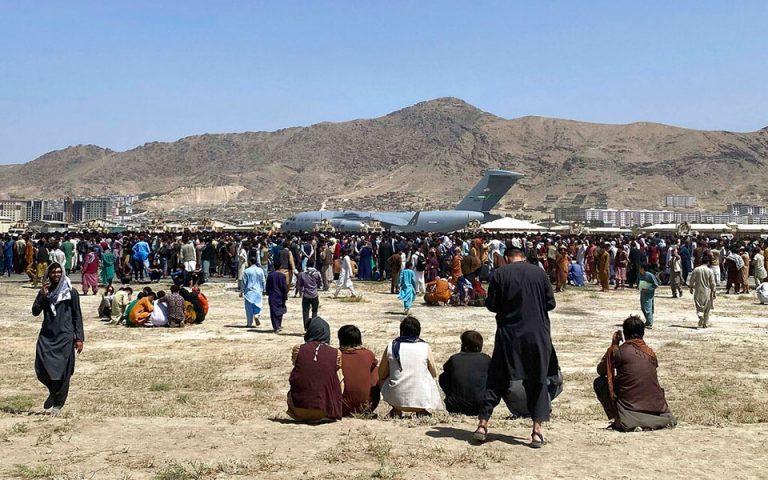 aerodromio-kampoyl-synechizetai-to-chaos-skotothikan-epta-afganoi-561472480