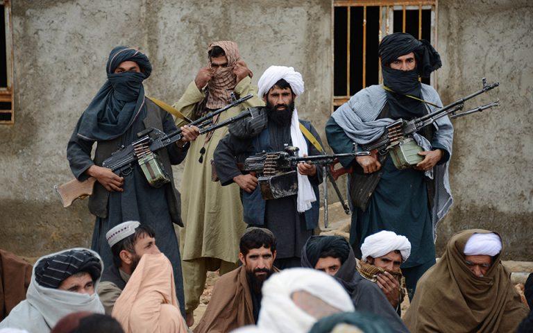 afganistan-oi-talimpan-katelavan-ti-cherat-epithesi-tramp-ston-mpainten-561465064