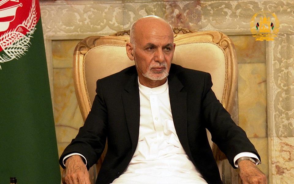 al-jazeera-o-proedros-toy-afganistan-diefyge-sto-tatzikistan1