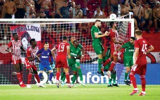 Ο Ολυμπιακός βρέθηκε πίσω στο σκορ, αγχώθηκε, δεν εμφάνισε το γνωστό του πρόσωπο και στο τέλος θα μπορούσε να είχε ηττηθεί, αν η βουλγαρική ομάδα δεν σπαταλούσε τεράστια ευκαιρία στις καθυστερήσεις (φωτ. INTIME NEWS).