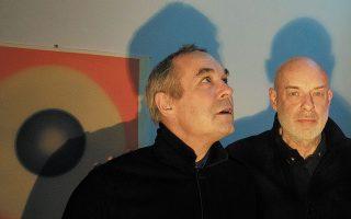 Οι Μπράιαν και Ρότζερ Iνο σε κοινή συναυλία στο Ηρώδειο.