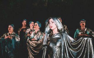 Η «Ελένη» του Ευριπίδη παρουσιάζεται στην Επίδαυρο σε σκηνοθεσία Βασίλη Παπαβασιλείου.