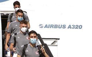 Ο Ολυμπιακός έφτασε χθες αεροπορικώς στη Βάρνα και σήμερα στο Ράζγκραντ θα αντιμετωπίσει τη Λουντογκόρετς στη ρεβάνς του 1-1 (φωτ. INTIMENEWS).