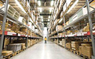 Tα κτίρια γραφείων σύγχρονων προδιαγραφών και τα logistics συνεχίζουν να συγκεντρώνουν το ενδιαφέρον των επενδυτών (φωτ. Shutterstock).