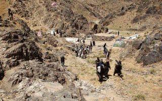 Δεδομένου ότι ο δυτικός κόσμος δεν διανοείται να συνεργαστεί με τους Ταλιμπάν, οι χώρες που ετοιμάζονται να εκμεταλλευθούν τον ορυκτό πλούτο του Αφγανιστάν είναι κυρίως η Κίνα, η Ινδία και το Πακιστάν. (Φωτ. A.P.)