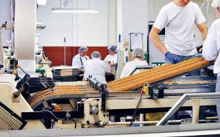 Η βιομηχανία τροφίμων και ποτών αποτελεί τον μεγαλύτερο εργοδότη της εγχώριας μεταποίησης, αφού σε αυτόν εργάζεται το 36,8% του συνόλου των απασχολουμένων.