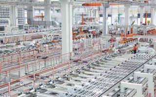 Η άνοδος των διεθνών τιμών αλουμινίου είναι αποτέλεσμα της έκρηξης της ζήτησης για αλουμίνιο, που διαθέτει ευρεία εφαρμογή στις κατασκευές, στις αερομεταφορές και στα ηλεκτροκίνητα αυτοκίνητα.