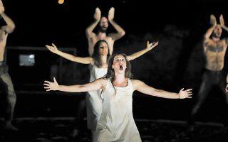 Η «Αντιγόνη» του Σοφοκλή από την ομάδα Σημείο Μηδέν παρουσιάζεται στην Καλαμάτα.