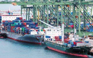 Το επτάμηνο Ιανουαρίου - Ιουλίου οι εξαγωγές της Κίνας στις ΗΠΑ σε ετήσια βάση αυξήθηκαν 36,9%, όταν οι εισαγωγές της ενισχύθηκαν κατά 50,4%. (Φωτ. EPA)