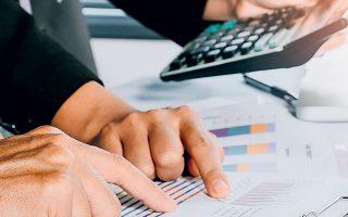 Η μεγαλύτερη επενδυτική κατηγορία των ασφαλιστικών επιχειρήσεων είναι οι τοποθετήσεις σε ομόλογα.