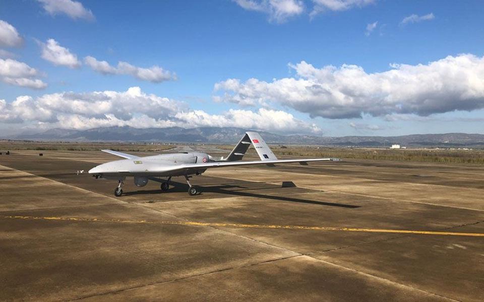 ipa-strimochnoyn-tin-agkyra-oi-amerikanoi-voyleytes-gia-ta-fonika-drones3
